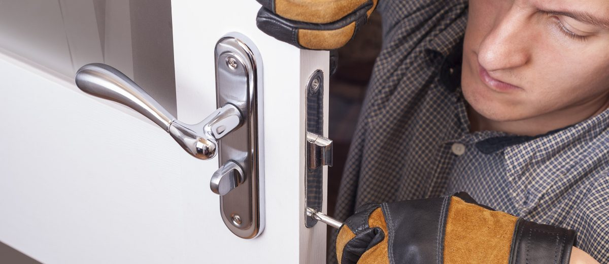 Six Reasons Folks Snort About Your Emergency Locksmith